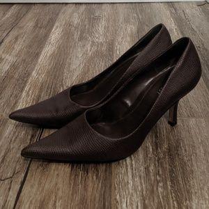 Nine West Dark Brown Pointed Textured High Heels